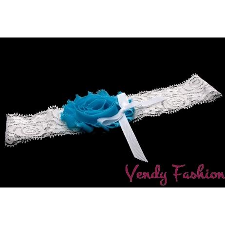 Svatební podvazek s modrou růžičkou