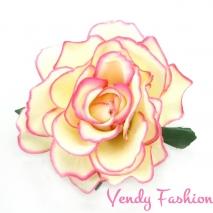 Růže do vlasů růžovobílá