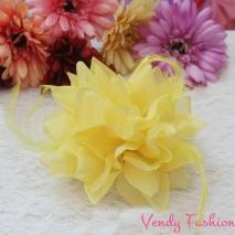 Květ do vlasů žlutý