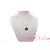 Ocelový náhrdelník s tyrkysovým malovaným kabošonem