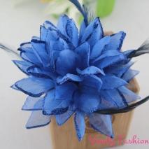 Květ do vlasů modrý