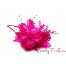 Květina do vlasů s peřím růžová