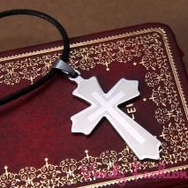 Náhrdelník s ocelovým křížkem