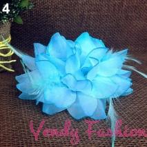 Květ do vlasů světle modrý