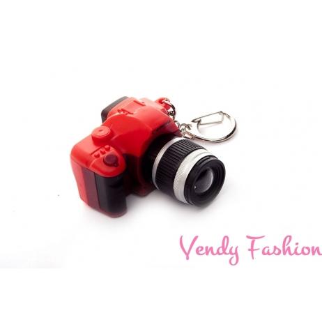 Přívěsek fotoaparát červený